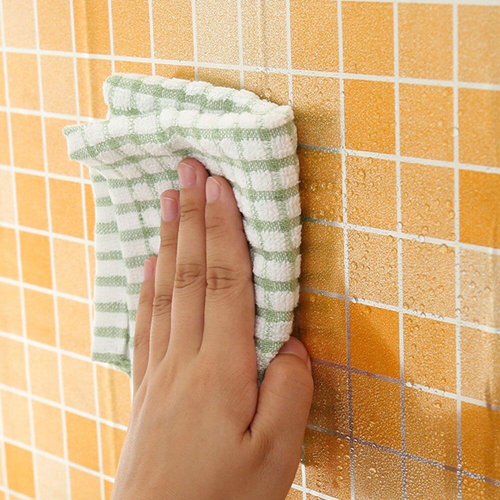 Kitchen Tinfoil 3D Mosaic Wall Sticker High Temperature Resistance Anti Oil Tile Stickers Waterproof Bathroom Home Decor 70*45cm