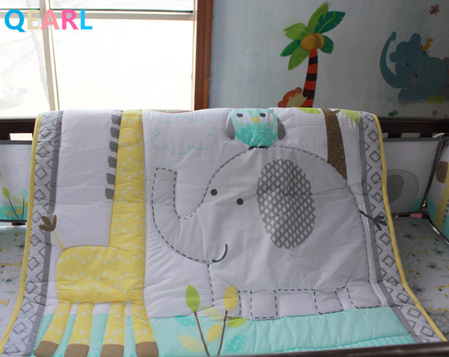 Baby Bedding Set Cotton Embroidery Giraffe Hippo Elephants Bees Quilt Per Mattress Cover 6 Pieces