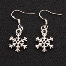 30pair 14.4x35.1mm Antique Silver Christmas Snowflake Earrings 925 Fish Ear Hook E794