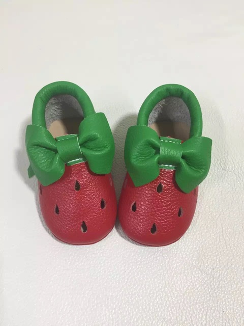 2016 high quality hot sale handmade genuine leather toddler first walkers baby girls shoes infant soft sole baby moccasins shoes