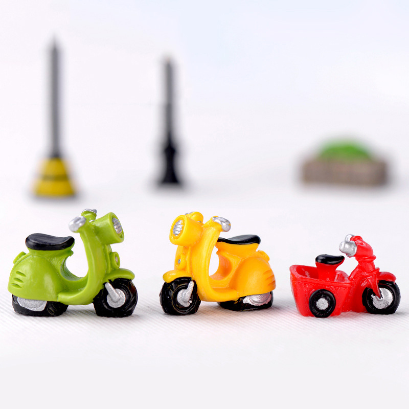 Motorcycle Car Toy Bus Courie Motorbike Autobike Model Bicycle Bike Statue Figurine Crafts Figure Ornament Miniatures Home Play