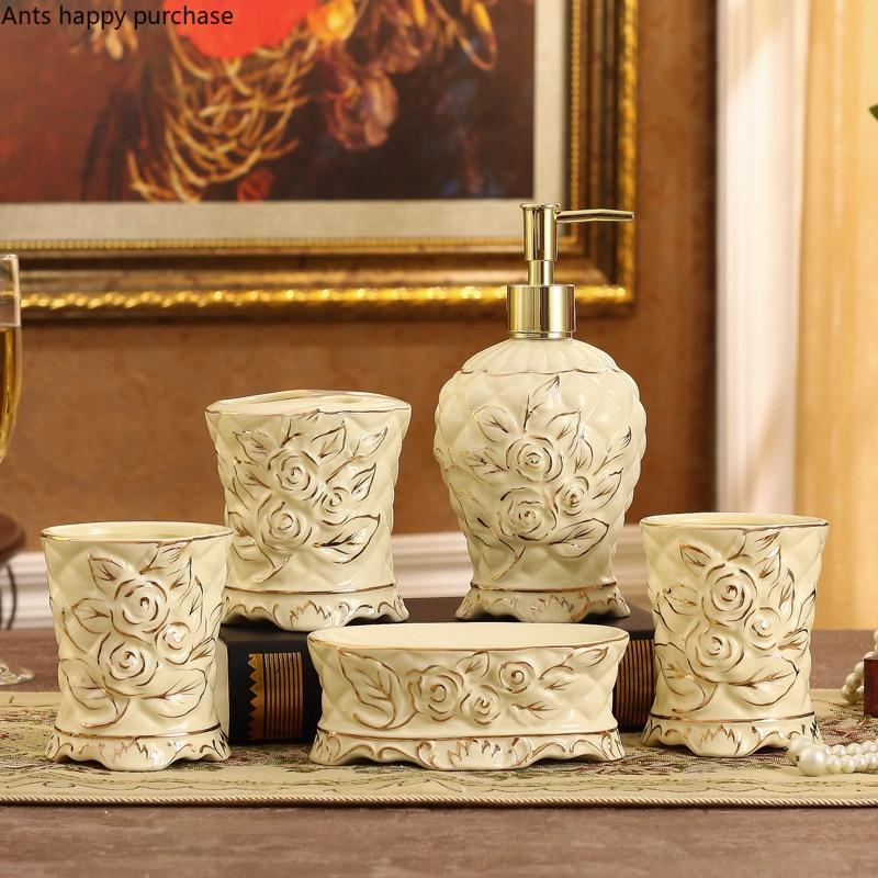 ヨーロッパスタイルのセラミック彫刻浴室セット 5 歯ブラシホルダー口カップ浴室用品浴室付属品セット -