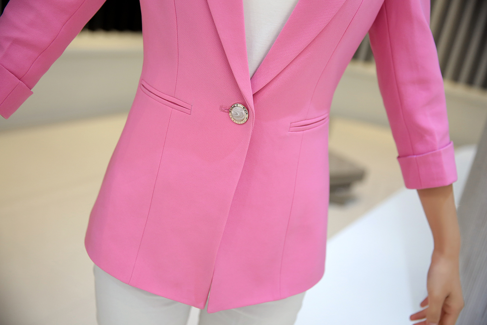 HanOrange 2018 Women Spring Autumn One Button Ladies Slim Small Suit Jacket Women Blazer Pink/Yellow/Black/Sky Blue S/M/L/XL