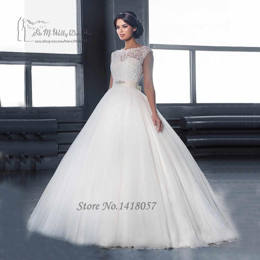 423d1266afa Castle White Ball Gown Wedding Gowns Lace Sleeveless V Back Vestidos de  Noiva 2016 Wedding Dresses