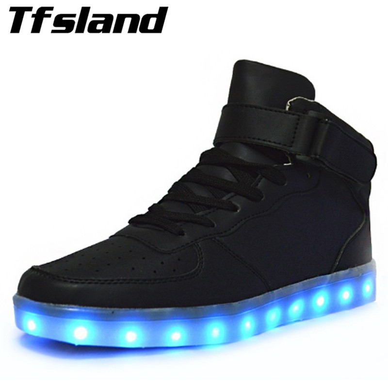 Tfsland New Women Men LED Light Up Sneakers Chaussures Luminous Vuxna Par Bekväm Glödande Hip-Hop Skateboarding Skor