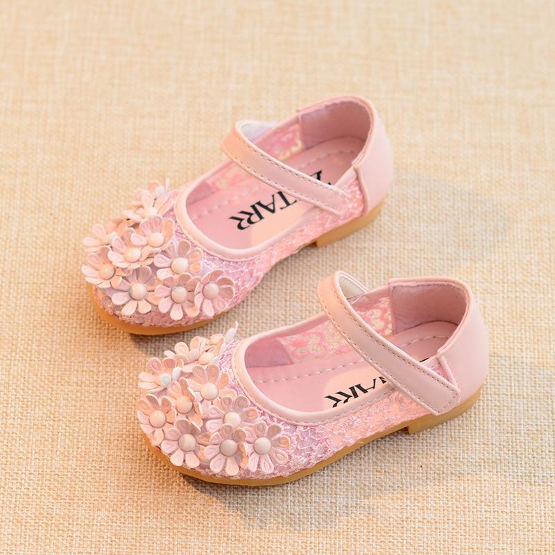 کفش کودکان کفش مجلسی 2017 بهار تابستانی مد گل گل شیرین کفش شاهزاده خانم دخترانه صندل کودک نرم و تنفس تخت