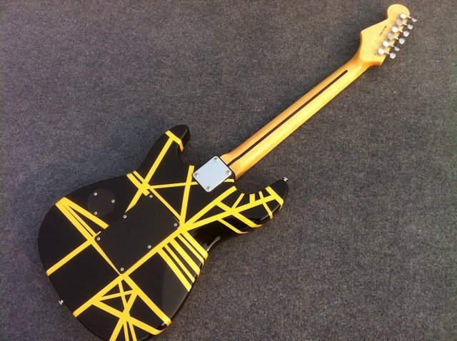 Charvel Guitar EVH electric guitar with black and yellow strip 4