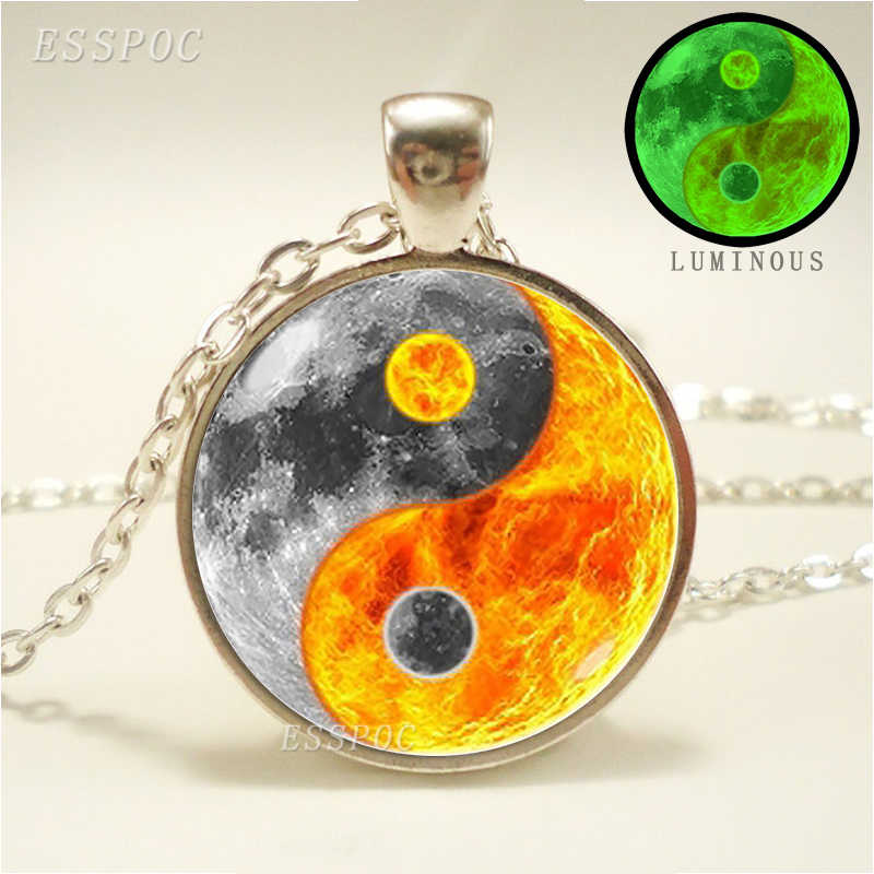 Glowing Yin Yang สร้อยคอ Phoenix แก้วโดมจี้ Tree of Life ชุบเงินสร้อยคอเรืองแสงใน Dark Yin yang เครื่องประดับ