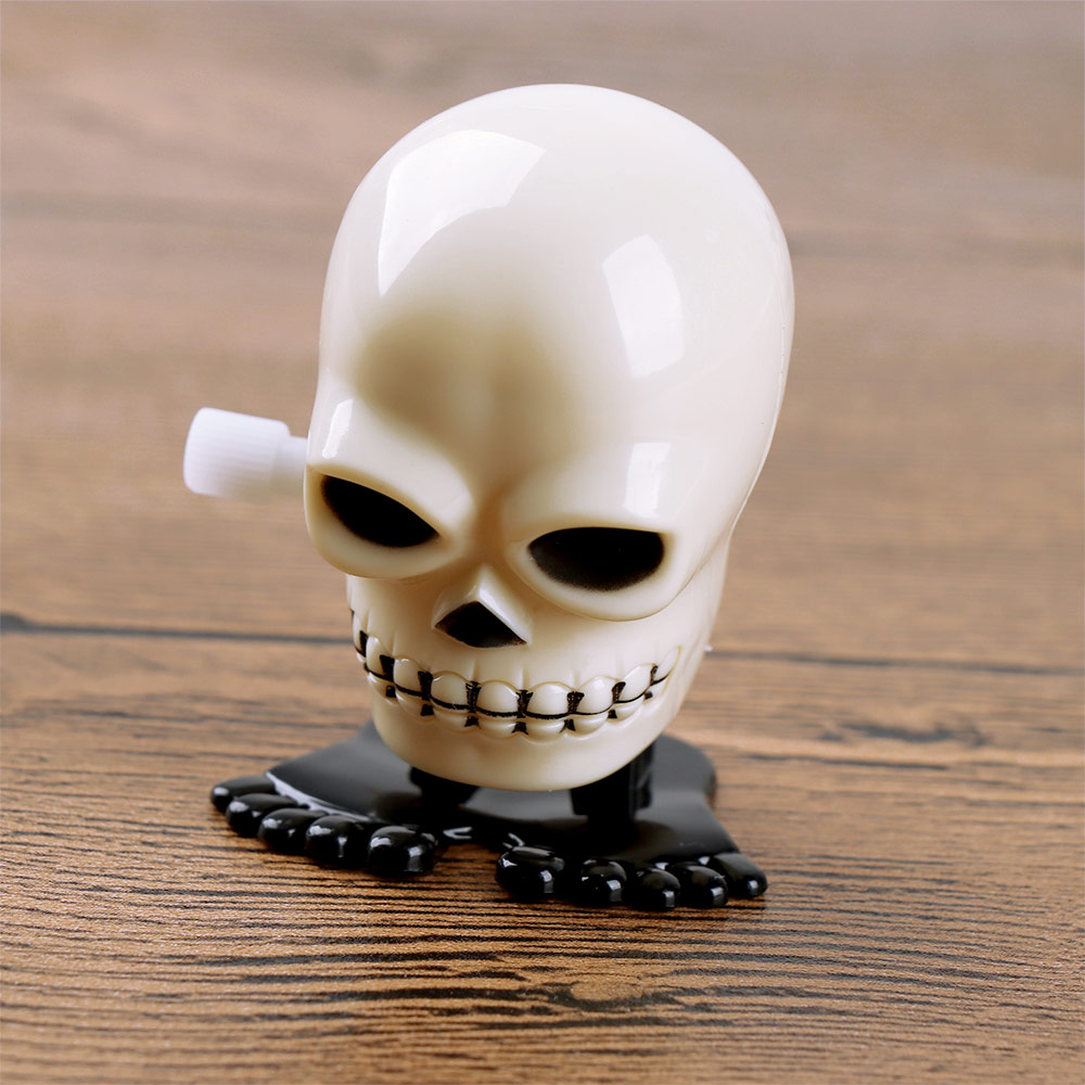 New Arrival Creative Cool Plastic Mini Skull Shape Design Wind Up Toy For Kid's Funny Clockwork Toy Gift