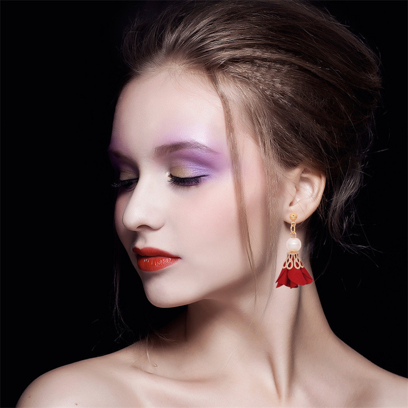 European Design New Arrivals Women's Hottest Fashion Metal Ball Earrings Simulated Pearl Cloth Art Flowers Drop Earrings For Women Jewelry