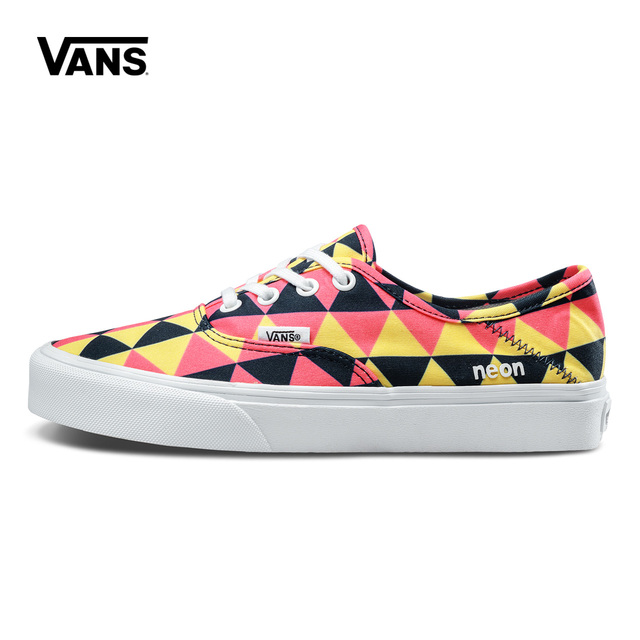 55e3ac54d23c Colorful Geometry Vans Sneakers Women Low-top Skateboarding Shoes Sneakers  Canvas Sport Classic Canvas Shoes VN0A3MU6QB8