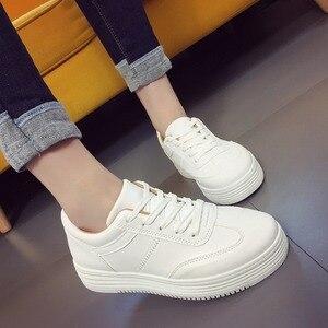 Image 1 - ฤดูร้อนรองเท้าผ้าใบสีขาวรองเท้าแพลตฟอร์มตะกร้าFemmeความสูงสุภาพสตรีรอบToeหญิงTenis Femininoสีดำ44
