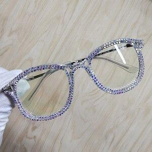 Image 1 - 여성을위한 라인 석 고양이 눈 선글라스 브랜드 디자이너 그늘 태양 안경 남자 빈티지 금속 지우기 안경 uv400 선 글래스