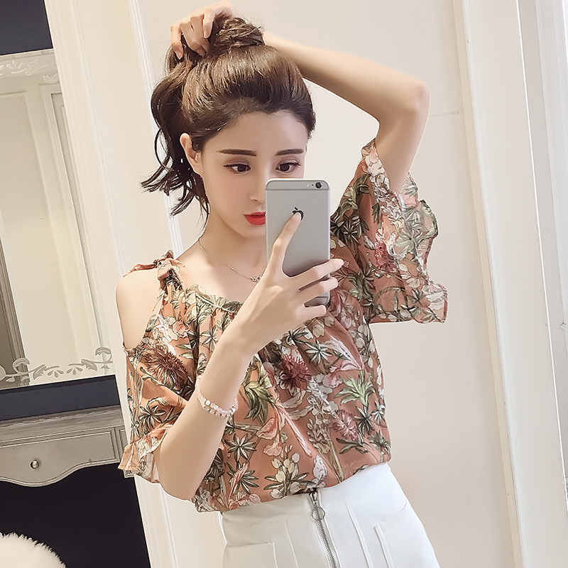 New 2018 Summer Women Blouse Shirt Short Sleeve Chiffon Holiday Female Clothing Fashion Sweet Women Floral Tops Blusas D700 30