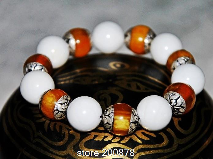 BB-270 Master Design Natural White Conch Shell Beaded Bracelets with Simulated Beeswax Resin