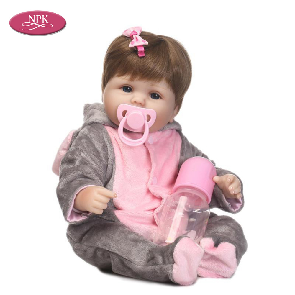 Discreet Npk 40cm Doll Reborn Baby Girl Handmade Cotton Body Lifelike Bebe Juguetes Babies Toys Soft Silicone Bonecas Brown Wig Menina Be Shrewd In Money Matters Dolls