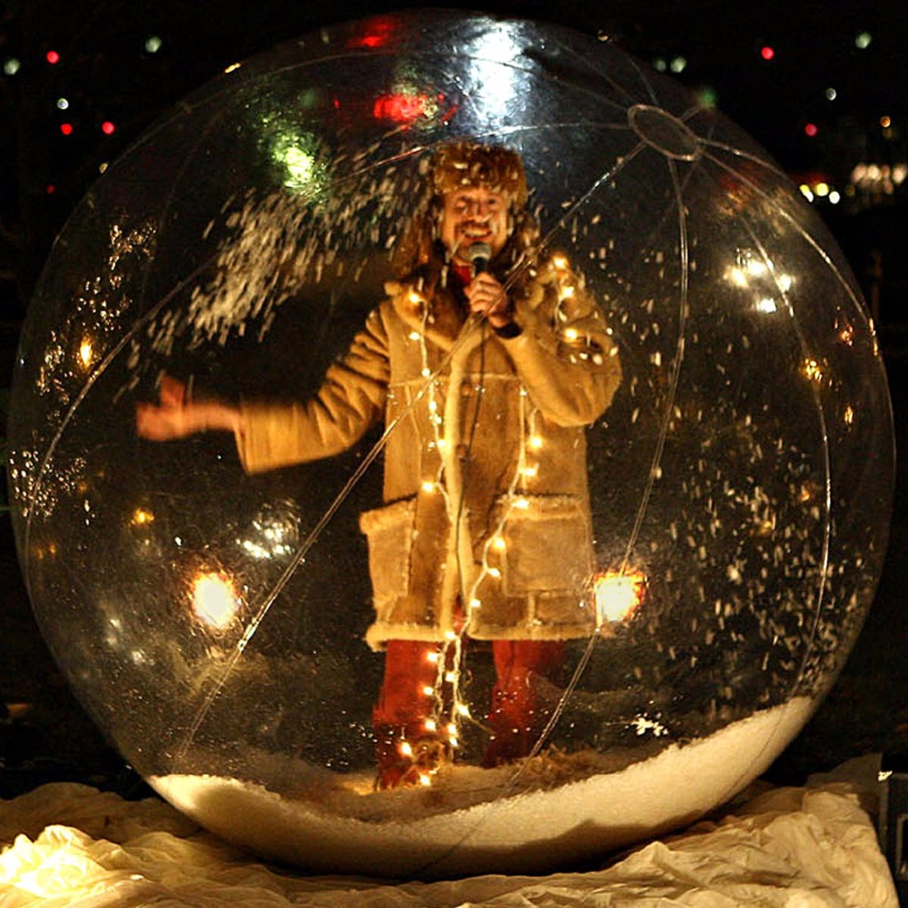 Aufblasbare Schneekugel Dekoration Ball. Transparent Schneeball ...