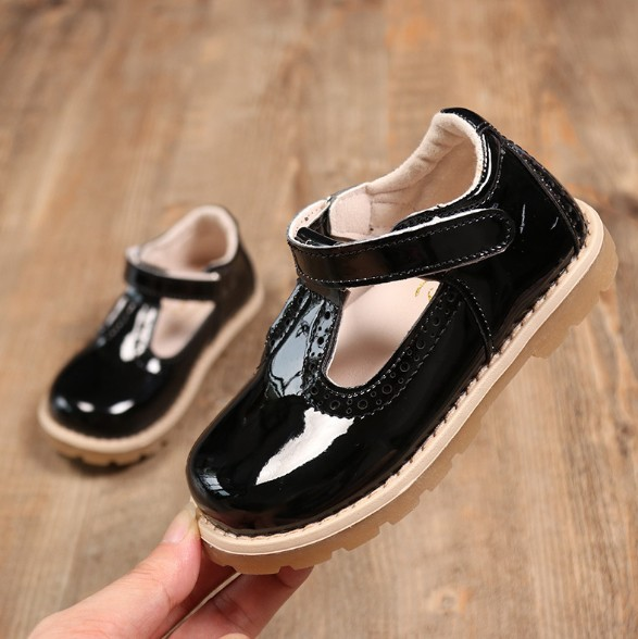 Childrens Shoes 2018 Spring New Girls Paint Leather Princess Shoes Retro Girls Leather Shoes