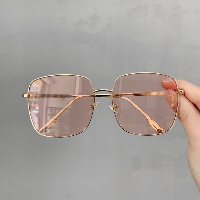 VWKTUUN Sunglasses Women Vintage Oversized Glasses Square Shades Metal Frame Womens Sunglasses UV400 Eyewear Ocean Lens Glasses
