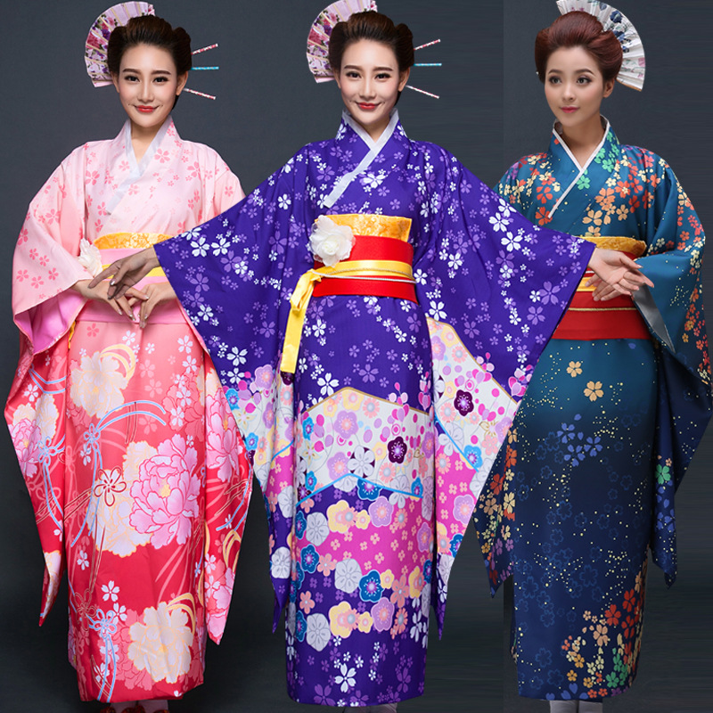 Kimono de Style japonais femmes robe de soirée en soie traditionnelle Femme Yukata Robes Cosplay Costumes de fête Cos tenues de mode