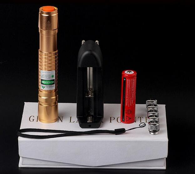 NEW Military Burn Match Professional Powerful 10000MW Focusable burning Green Laser Pointer With 5 Star Caps Charger Box