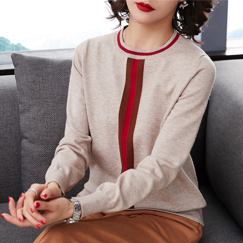 Knitted sweater long sleeves 2019 new autumn and winter loose thin autumn top sweater short sleeves