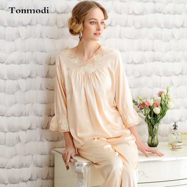 Ladies Silk Pajamas Summer Lace Sexy Silk Sleepwear luxury V-neck Sleep  Women Lounge Pajama d62c79fbf