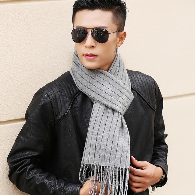 2017 Top Fashion Promoção Adulto Sólida Algodão Cachecol de Inverno Dos Homens Do Outono Coreano Cor Da Moda Tarja Malha Quente Ao Ar Livre