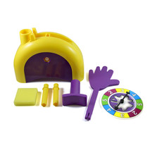 Fun Prank Pie Cake to Face Gags Practical Jokes Funny Gadgets Family Games Joke Toy Finger