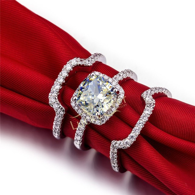 Equisite 3 CT Three Rings Set Brilliant NSCD Synthetic Diamond Engagement Ring With Two Side Band