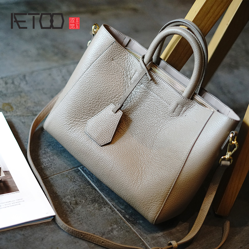 AETOO Simple practical head layer soft cowhide female bag commuter leather women s bag women s