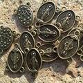 Овальный католической религиозной радиант-линия марии девы марии пресвятого сердца чудесный сплава цинка античная бронзовая четки центры разъем