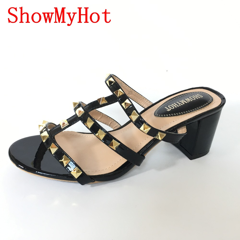 ShowMyHot Zomer vrouwen Slippers Nieuwe Mode real leather Casual ontwerp klinknagel Slippers Comfortabel Ademend vrouwelijke sandalen-in Slippers van Schoenen op  Groep 1