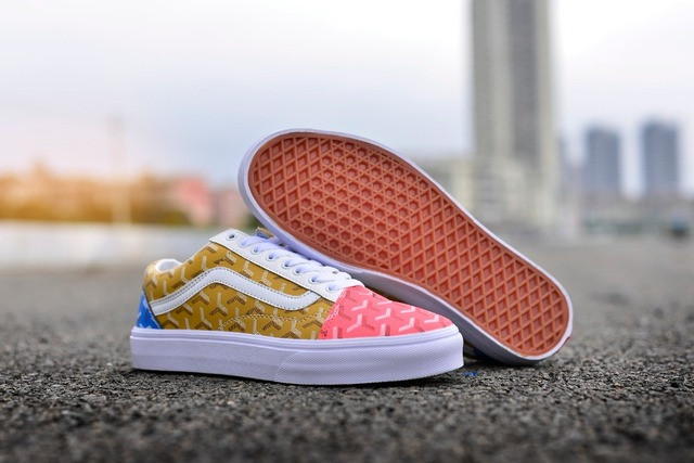 2018 New VANS old skool retro colorful low-cut color matching men and women  shoes printed shoes Weight lifting shoes size36-44 c7311a1f11