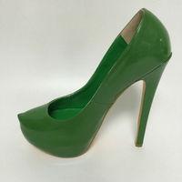 Sexy Verde Extrem Donne Pompano Le Scarpe Tacco Alto Donne Scarpe Pista Sexy Discoteca Tacchi Sapatos Feminino Su Misura Colore Rosso