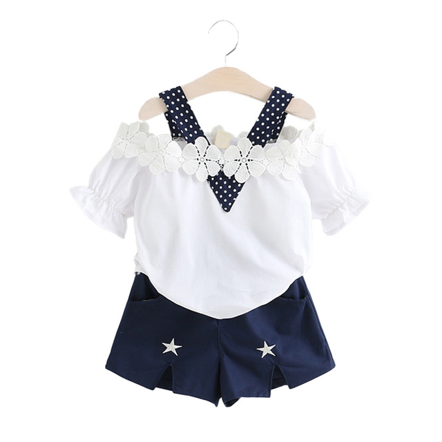 2018 New Girls Clothes Summer Style Tops Shorts 2pcs Kids Suits 3 4 5 6 7 Year Girl Strapless Lace Set Children Clothing Set 2017 summer toddler kids clothing set princess girls lace t shirt tops floral shorts overall jumpsuit 2pcs children clothes 1 6y