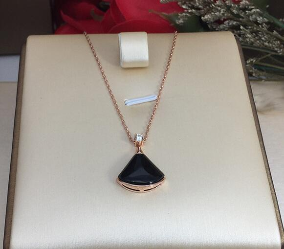 New rose gold necklace fan pendant female clavicle chain