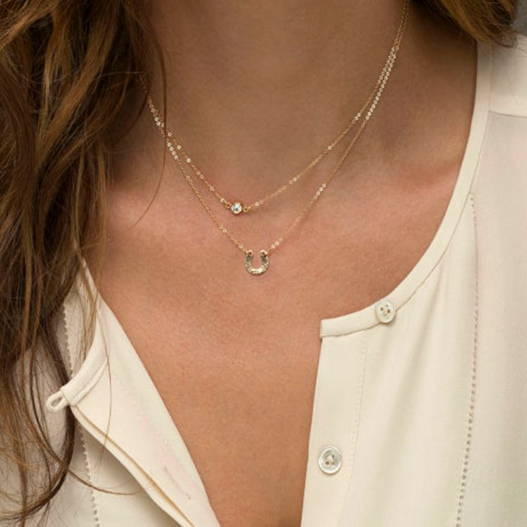 Jewelry Ladies Necklace Fashion Simple Retro Double Short Clavicle Chain Crystal Horseshoe Clavicle Chain in Chain Necklaces from Jewelry Accessories