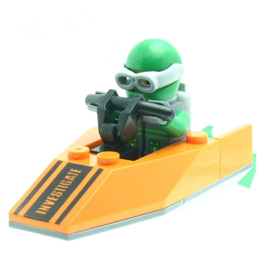 24Pcs/set Green Diving Sailor Model Figures Fancy Toys for Boys Girls Building Block Kits Compatible with All Brands DT0050