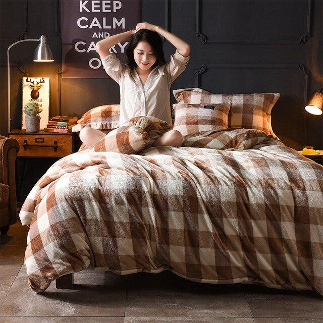 Queen / Extra Large Polyester Cross 4Pcs Bedding Set Reversible Soft Cotton  (duvet Cover +