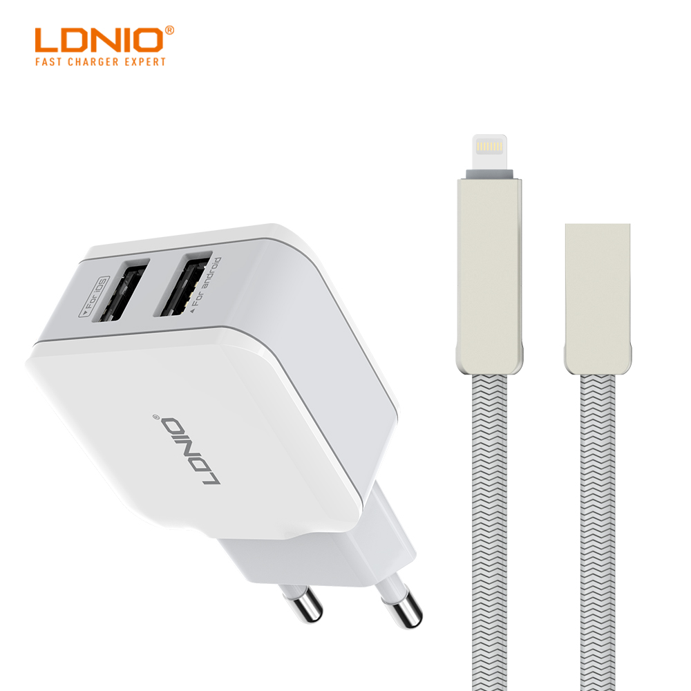 LDNIO Dual USB Ports EU Plug Desktop home Charger Adapter with Apple Data Cable for iPhone cell phone