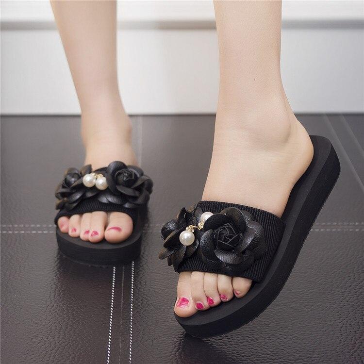 New 2017 Handmade Women Flip Flops Beach Sandals Fashion Bling Flower Slippers Summer Women Flats Shoes Woman Flat Sandals in Slippers from Shoes