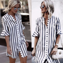 aced54c96 2018 Nova Moda Das Mulheres Azul Branco Listrado Metade do Alargamento Da  Luva Blusa Botão Senhoras Assimetria Longas Camisas Do.