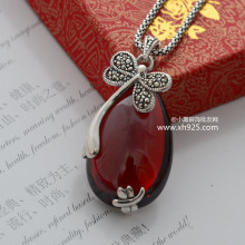 Black silver jewelry wholesale 925 Vintage Silver Teardrop Shaped garnet small Dragonfly Charm Pendant 036130