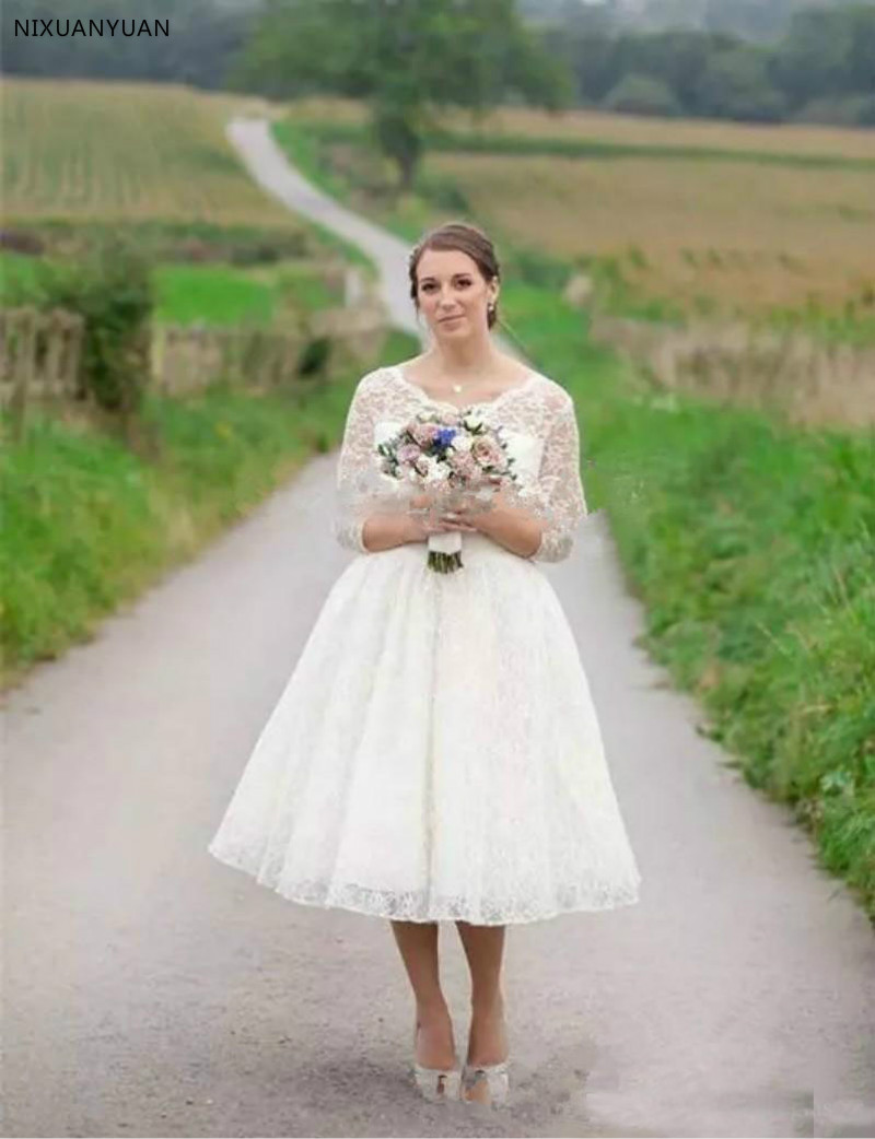 2020 Plus Size Lace Short Wedding Dresses Tea Length Long Sleeves Beach Wedding Gown Beach Wedding Bridal Gowns Covered Buttons