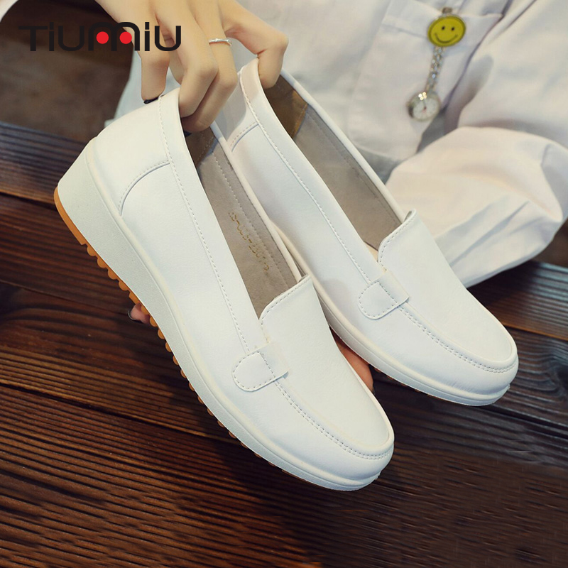 Medical-Work-Shoes Doctor Soft-Sole Hospital Summer White Women Wedge Breathable High-Quality