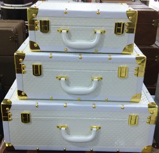 Superior White Diamond Suitcase Storage Box Pattern Gold Stainless Steel Angle  Suitcase Showroom Cloakroom Showcase