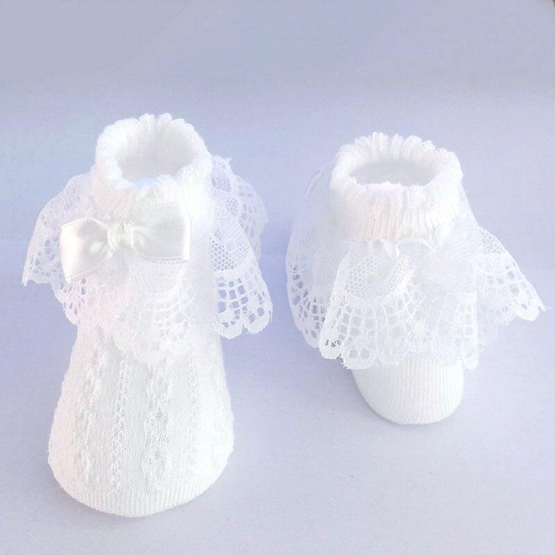 Meias Nova Primavera do bebê Do Inverno Do Bebê Menina Meias Para Recém-nascidos Completos Meias de Algodão Bonito Da Criança Meias de Renda Arco Flores Nascidas