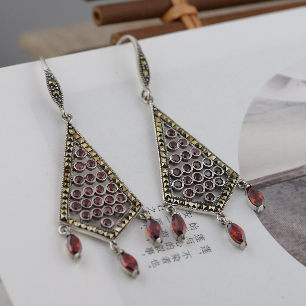 The New Fashion Wholesale Jewelry Real S925 Pure Silver Earrings Archaize Process Exquisite Tassels Eardrop The New Gift 2018 new jewelry real pearl earrings s925 pure silver wholesale archaize process female present new products