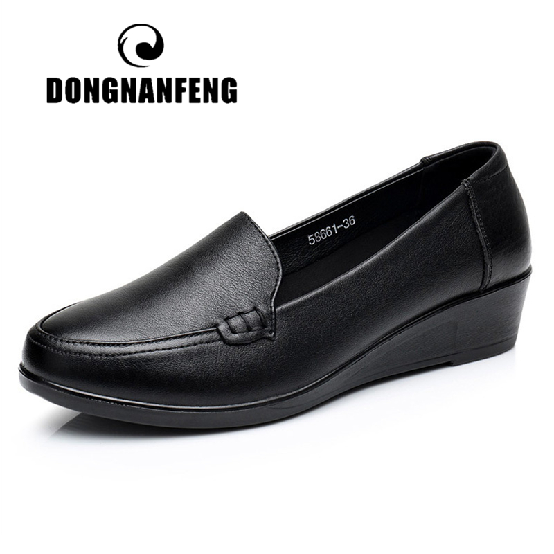 DONGNANFENG Mother Old Female Women Shoes Flats Cow Genuine Leather Loafers Round Toe Slip On PU Superstar Size 35 41 JN 58661-in Women's Flats from Shoes